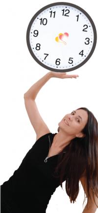 cris-sujeta-reloj